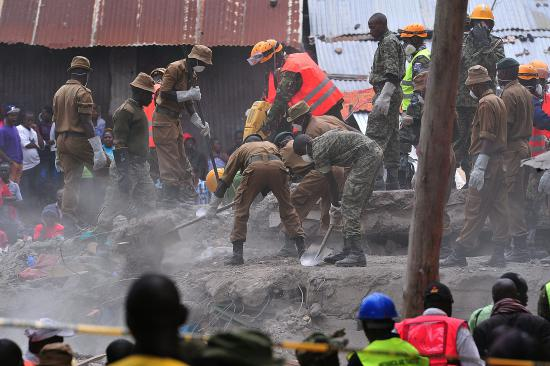 baby-rescued-in-collapsed-building